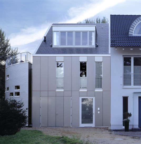 Atelierhaus_Ddorf_10x15_01