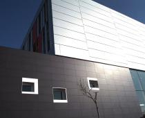Závěsné fasády – krásné a funkční